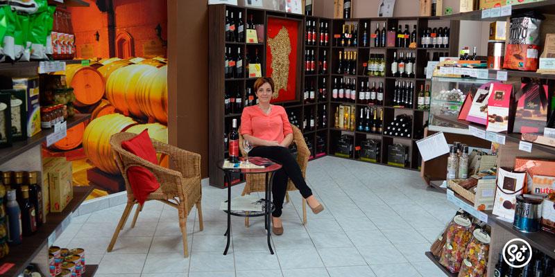 Útulný obchodík plný talianskej gastronómie a dobrého vínka