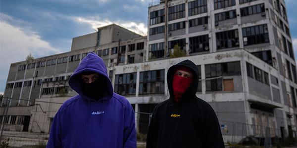 Podporuj lokálnych #16: Deadbloom Apparel