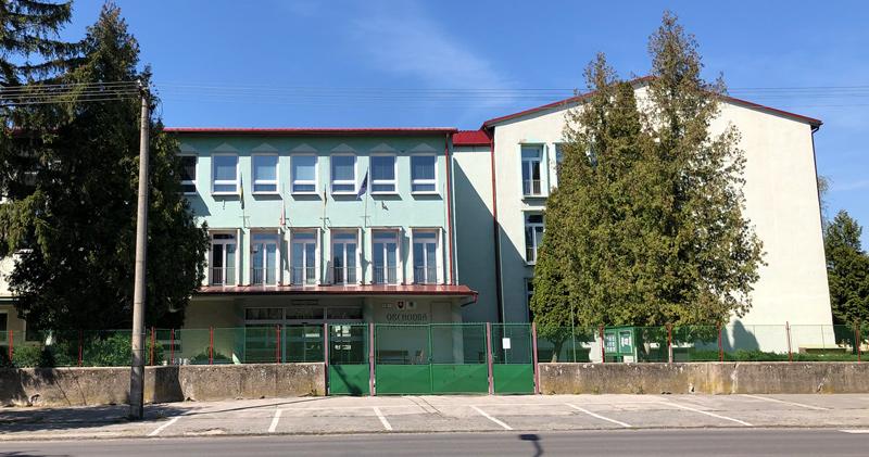 Obchodná Akadémia